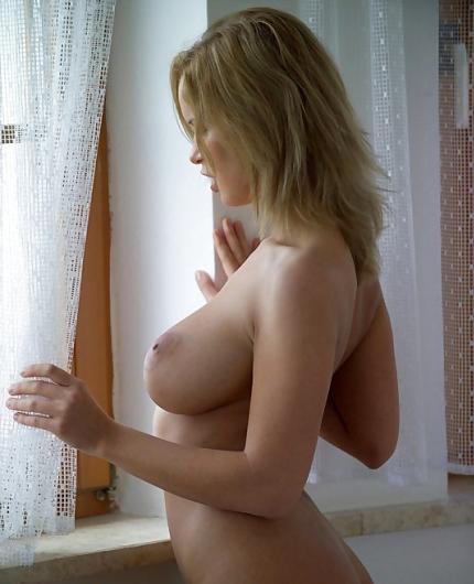 Renata Daninski naked
