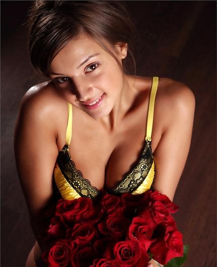 Tara nude