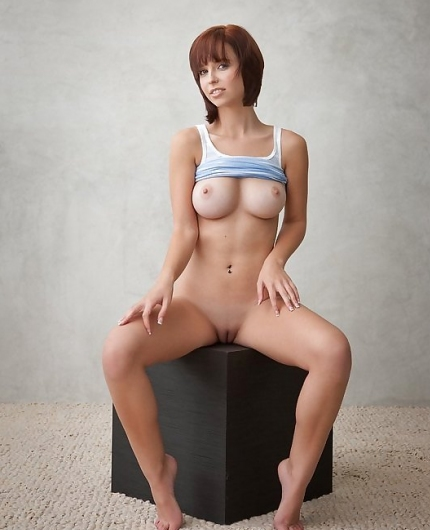 Hayden W From Femjoy