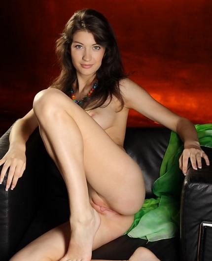 Ganna A naked