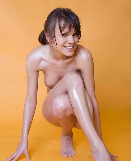 Wet girl Yolanda F