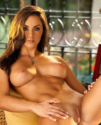 Charming Rebecca Lynn