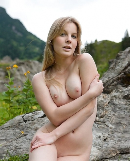 Belinda from Femjoy