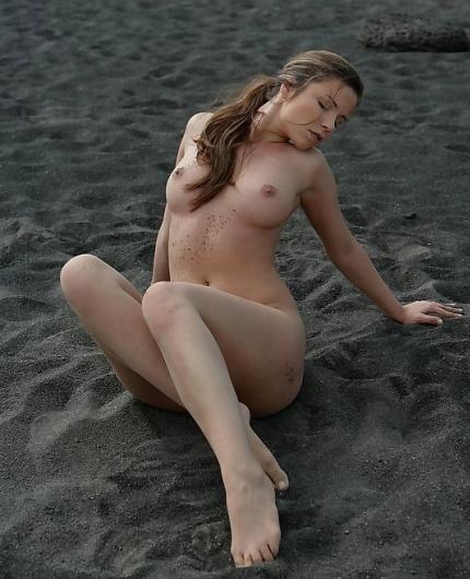 Peaches Dark Sand