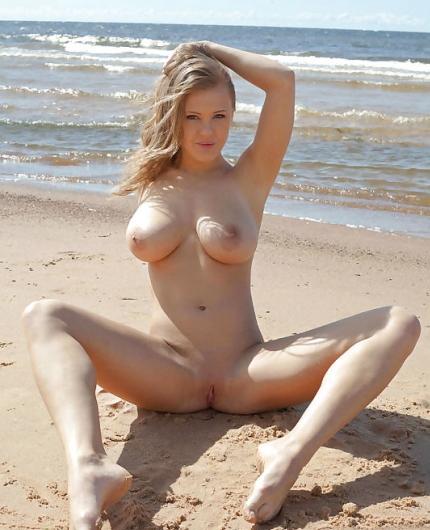 Viola O Beach Erotica