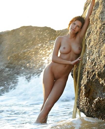Susi R On The Coast