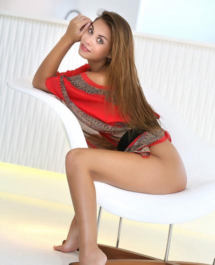 Aaliyah Red Lotus
