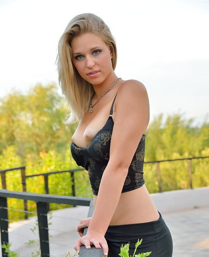 Lacie Look Over Sunset By FTV Girls