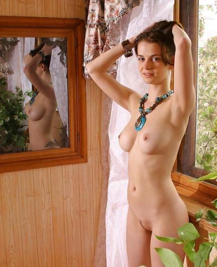 Pela Erotic Gallery By Domai