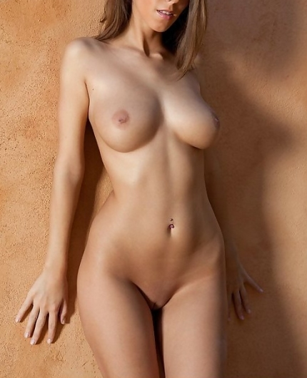 Lizzie Ryan from Femjoy