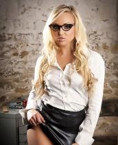 Danni King glamour