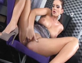 Sandra Shine fingering