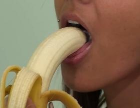 Nikki Sims sexy video