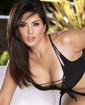 Twistys presents Sunny Leone