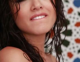 Super hot Sunny Leone