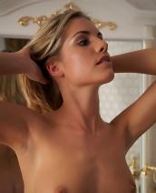 Iveta Vale nude pics