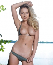 Gorgeous Candice B nude