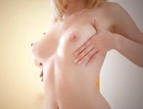 Catie Parker nude video