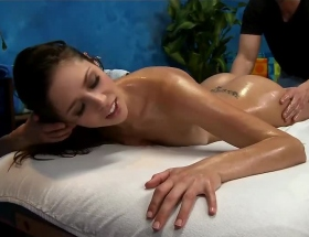 Anna Morna sexy massage