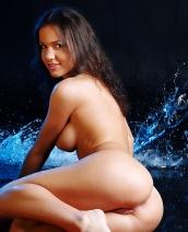 Curvy babe Oxana