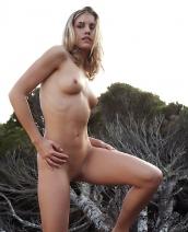 Iveta Nude Art