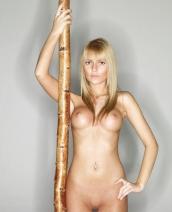 Stella Nude Art