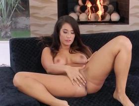 Eva Lovia twistys video