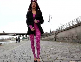 Paula Shy pink outfit