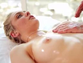 Alli Rae massage porn