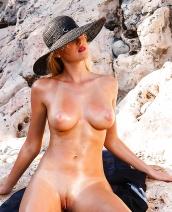 Jennifer Vacation Vixen By My Naked Dolls