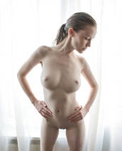 Emily Bloom Silhouette